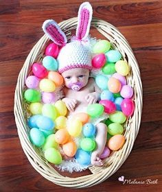 Baby Easter Picture Ideas / Baby Easter / Easter / Babies / First TIme Mommy Blog / Picture Ideas / Newborns / Infants / Adorable / Cute Baby Pics