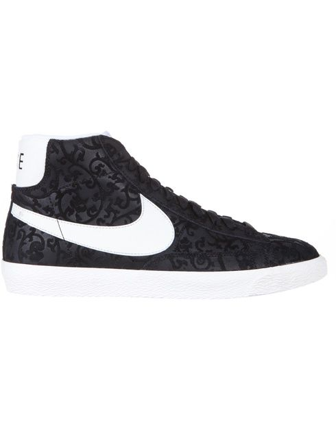 Nike men's Blazer Mid Premium Vintage shoes. Tap image to see more at THE ICONIC.