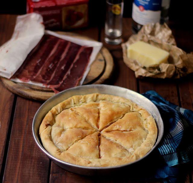 Pasta fillo farcita con pastourmas e kaseri, Per i buongustai!