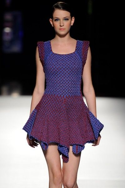helen rodel crochet short dress 400x600 New Crochet Fashion from Helen Rodel