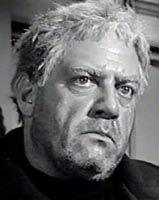 in #267, The Case of the Dead Ringer where Raymond Burr portrays the killer and Perry.