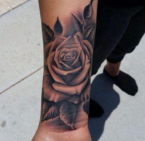30 besten schwarzen Rose Tattoos   – Summer Outfit