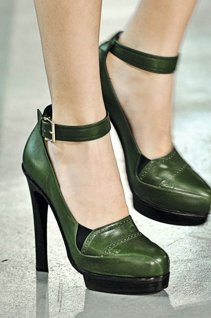 El verde un color de zapatos fácil de combinar | Cuidar de tu belleza es facilisimo.com