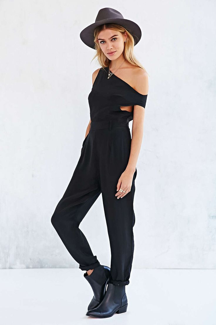 Love this cutout jumpsuit, especially paired with a fedora and combat boots.
