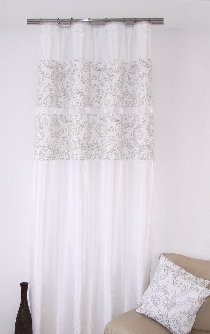 Moderní závěs k přehozu bílé barvy s různými šedými ornamenty