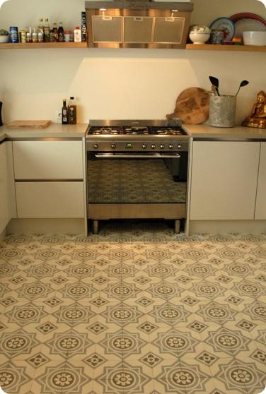 1515 castelo tegels  ouderwets patroon  voor uw nieuwe keuken!!