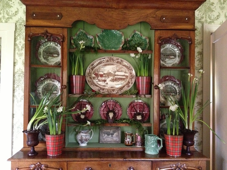 vignette design: The Holiday Hutch