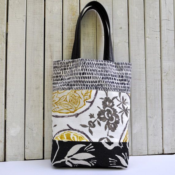 Carryall Tote in Black and White