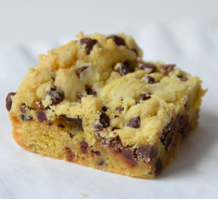 Easy Peasy!! --- Lazy Cake Cookie Bars: 1 box of yellow or white cake mix, 2 eggs beaten, 1 stick melted butter, 2C chocolate chips. Mix together and bake in 9X13 pan on 350 for 20 min. When cooled, cut into squares. Spray the pan with cooking spray for easy cutting and clean up!