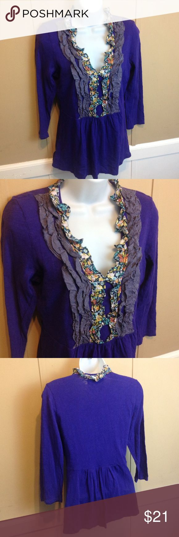 """Deletta Anthropologie Purple V-Neck Blouse Maker: Deletta ♥ Material: Cotton ♥ Color: Purple ♥ Measured Size: Pit to pit- 18"""" Pit to cuff- 12"""" Shoulder to waist- 25""""  ♥ Tag Size: Medium ♥ Actual Size: Medium  PLEASE CHECK YOUR ACTUAL MEASUREMENTS TO MAKE SURE IT IS THE RIGHT SIZE! THANKS! ♥ Condition: Great ♥ Item #: (office use only) E    Follow us on Instagram and facebook for coupon codes!  INSTAGRAM-thehausofvintage1984 Facebook- intergalactic haus of vintage 1984 or @hausofvintage1984…"""