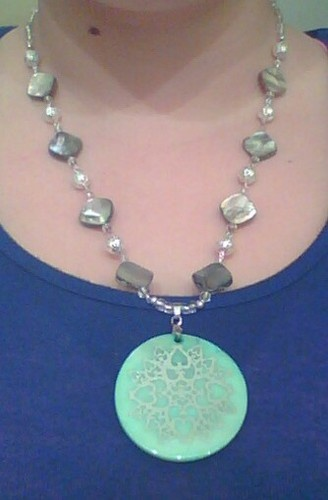 'Teal Mother of Pearl pendant necklace' is going up for auction at  6pm Thu, Dec 13 with a starting bid of $10.