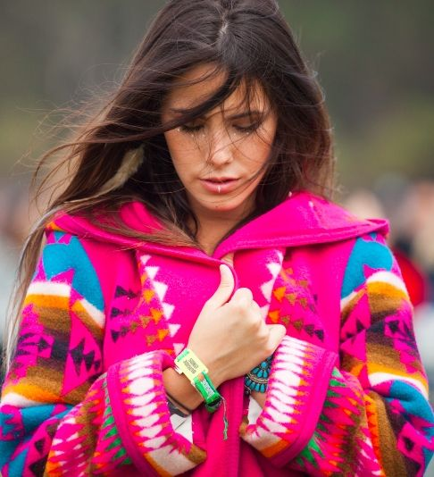 30+ beautiful street style looks from Outside Lands Music Festival