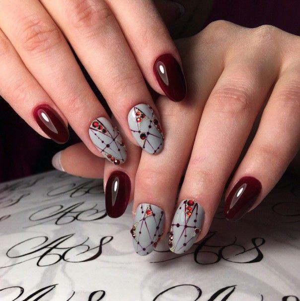 Идеи маникюра со снежинками, рождественский маникюр 2017, маникюр на Рождество 2017, дизайн ногтей узорами, зимний маникюр 2017, красивый маникюр гель-лаком