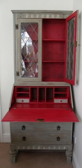 Bureau painted with Chalk Paint™ decorative paint by Annie Sloan from Thingy Ma Jigs ~ like the red inside.