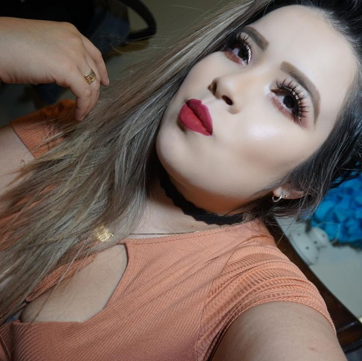 Happy Saturday!! #likeforlike #like4like #anastasiabeverlyhills #latepost #love #me #mimirosas  #youtube  #youtuber #youtubers  #blog  #blogger  #bloggers  #blogging  #bloggerlife  #humpday #vegas_nay  #justme  #pictures