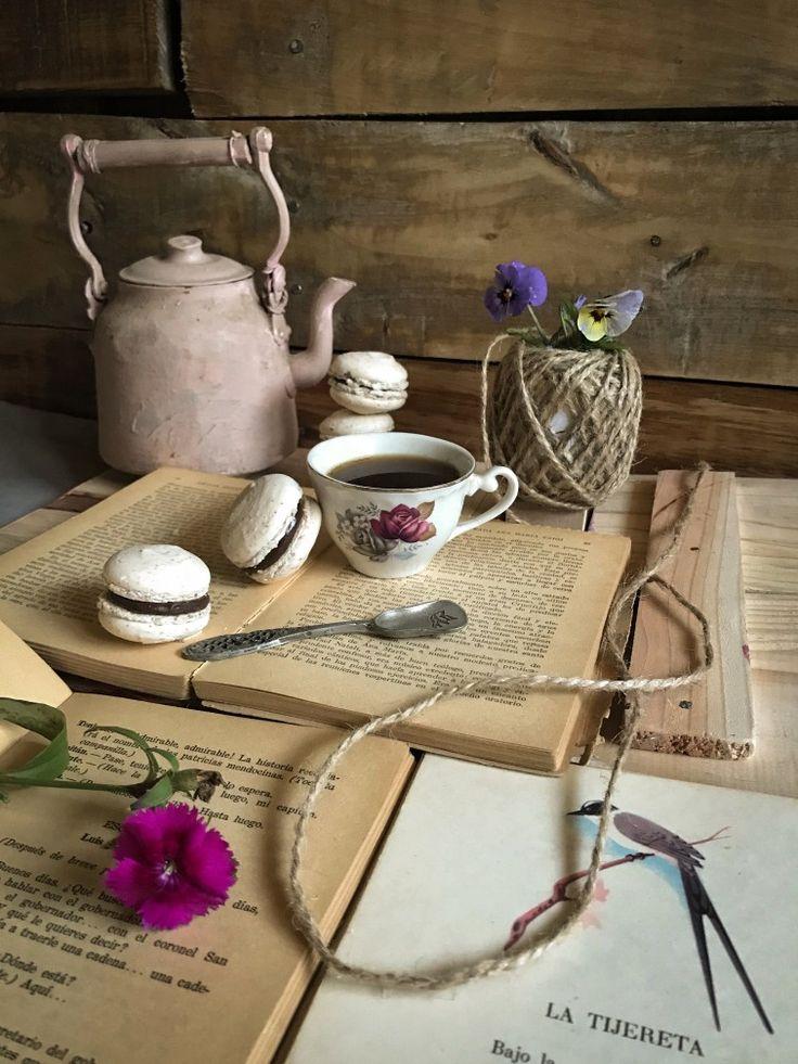Burlap, Instagram, Reusable Tote Bags, Vintage, Spaces, Cook, Little Cottages, Home, Blue Prints
