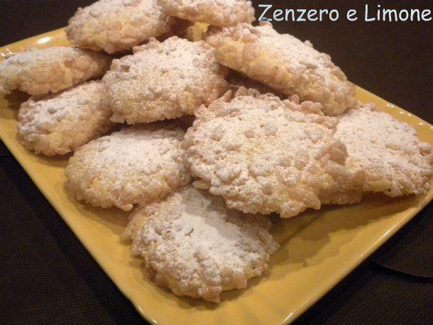 biscotti con il riso soffiato
