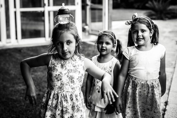#Lunes #Monday #Happy #Feliz #CurrentMood #Girls #Bebes #Kid #Nenas #Bebê  #Equilibrio #SanIsidro #Florida #BuenosAires #CABA #Pilar #Mamadera #Biberon #ChristianHolzFotografo #Fotografo #Social #Bautismo #Cumpleaños #VillaUrquiza #Documental #Meninos #Country #Aupa
