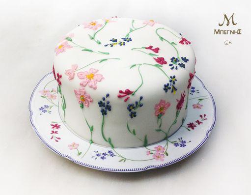 Δημιουργία σημαίνει... να αντλείς έμπνευση από κάθε σου υλικό! Μια ιδιαίτερη τούρτα με floral διακόσμηση, για εκδηλώσεις με εκλεπτυσμένο γούστο από την Μπεγνής.