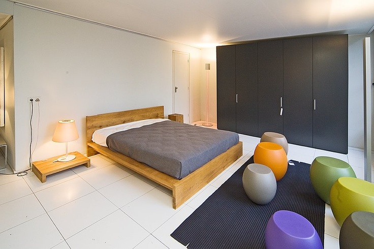 Van Waay & Soetekouw slaapkamer setting op 2e etage met E15, Interlubke en Paola Lenti.
