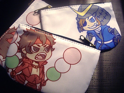 "These 4.5x3"" coin pouches are perfect for carrying your coins or cards. Each pouch features both Date Masamune on one side and Sanada Yukimura on the other. Both are from the Sengoku Basara series of games and anime."