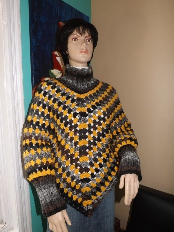 Free Crochet Pattern Poncho With Sleeves : Top 25+ best Crochet poncho with sleeves ideas on ...
