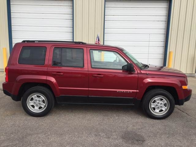 2014 Jeep Patriot Sport 4dr SUV **FOR SALE** By Easy Credit Auto Sales, Inc. - 3101 S Broadway St Wichita, KS
