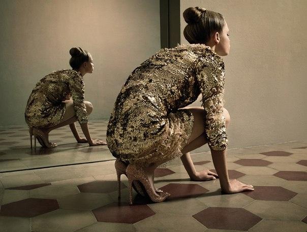 Specchio Delle Mie Brame | Morgane Warnier | Karen Collins #photography | Velvet October 2012