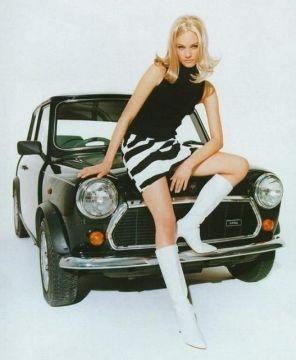 moda anni sessanta minigonna  http://moda.pourfemme.it/articolo/moda-anni-60-immagini-e-capi-ancora-attuali/14739/