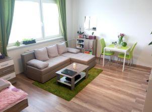 Výsledek obrázku pro zelené doplňky do bytu