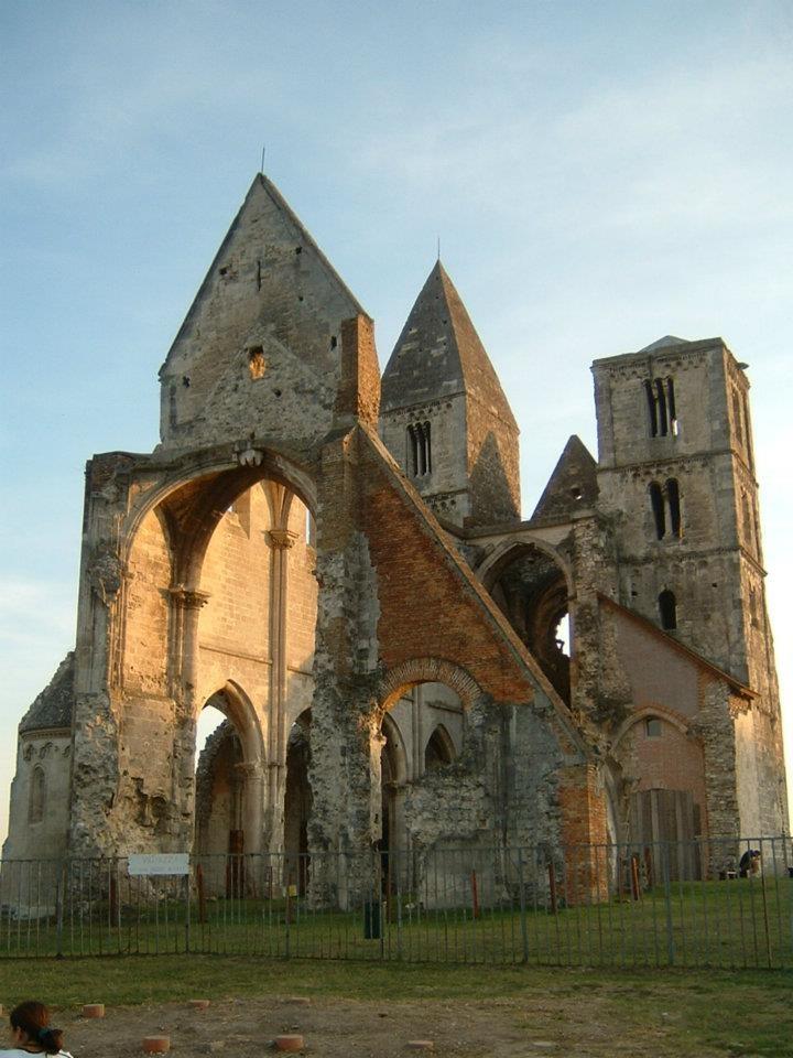 Zsámbék - a Premontrei kolostor romjai