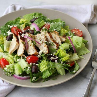 Σαλάτα κοτόπουλο αλα Ελληνικά
