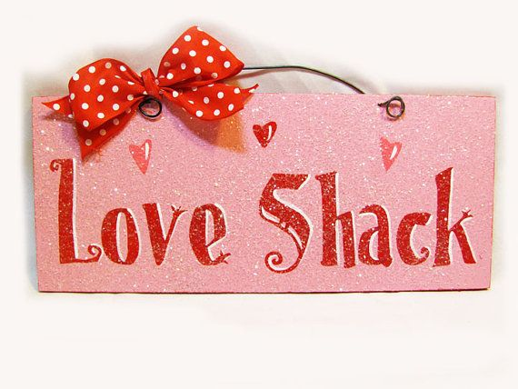 Valentineu0027s Day Sign With Glitter Love By DiamondDustDesigns, $13.00