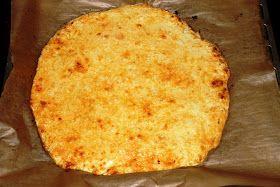 Pizzateig aus Blumenkohl; paleo; deutsches Rezept.