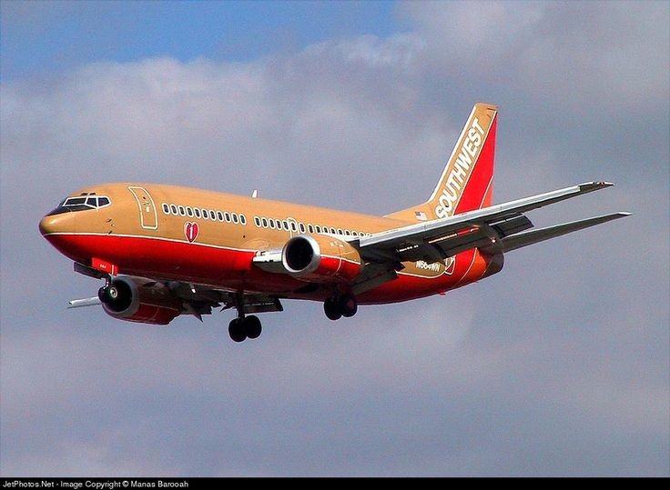 Boeing 737-3Y0, Southwest Airlines, N664WN, cn 23495/1206, 137 passengers, first flight 26.2.1986 (Monarch Airlines), Southwest delivered 24.10.1994. Broken up 11/2013. Foto: San Jose, USA, 22.9.2002.