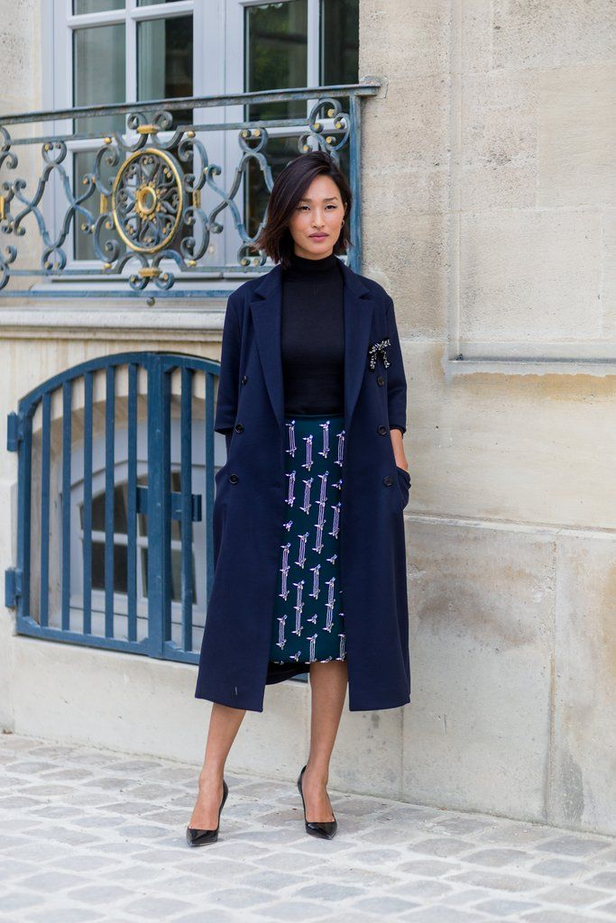 Navy and Black Outfit Inspiration | POPSUGAR Fashion