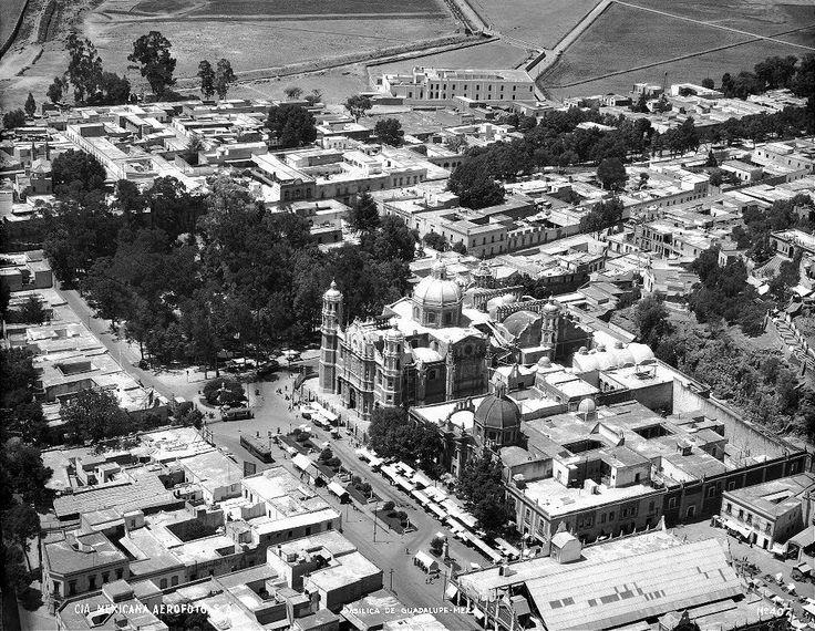 La villa cuando aún no habia plaza ni mucho menos la nueva basilica