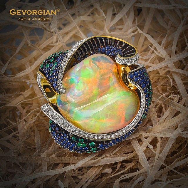 Amazing opal ring by GEVORGIAN (@gevorgian_jewelry) on Instagram #opalsaustralia