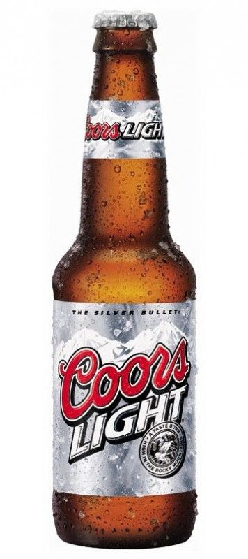 Cerveja Coors Light, estilo Lite American Lager, produzida por Coors, Estados Unidos. 5% ABV de álcool.