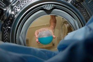 Vi folder en serie myter ud om vasketøj, hvad er egentlig op og ned? Kig med her: http://xn--pletvk-tua.dk/myter-om-toejvask-saadan-vasker-du-toej/