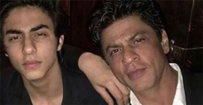Heres What Happened When Shah Rukh Khan Dropped Aryan To Film School