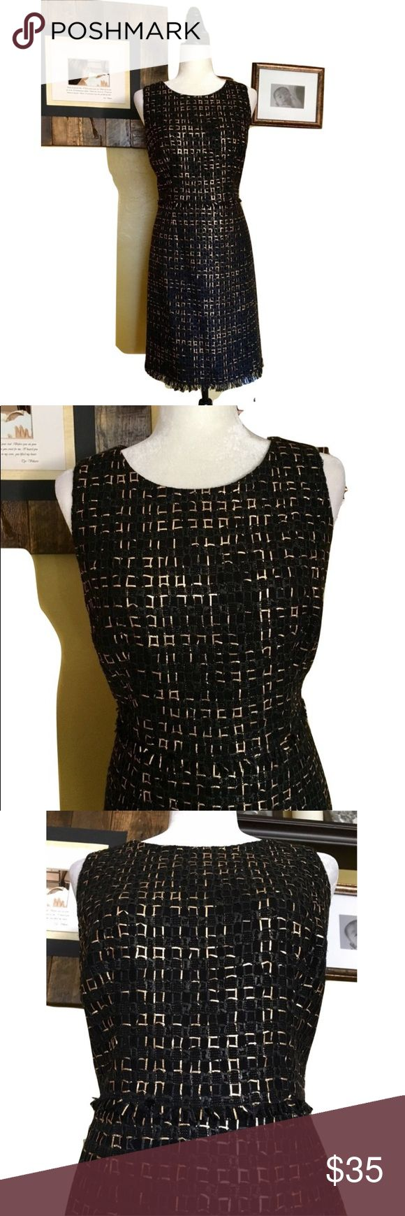 Per Se Sheath Dress Size 10 Brand: Per Se Size: 10 Approximate length is 38 inches Black and gold textured sheath dress that is fully lined. Hem: raw edge fray detailing. Very Good condition Great for work, office or an evening out.  Questions? Please ask before purchasing. Per Se Dresses