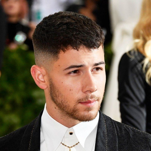 How To Get Nick Jonas S Haircut From The Met Gala With Images