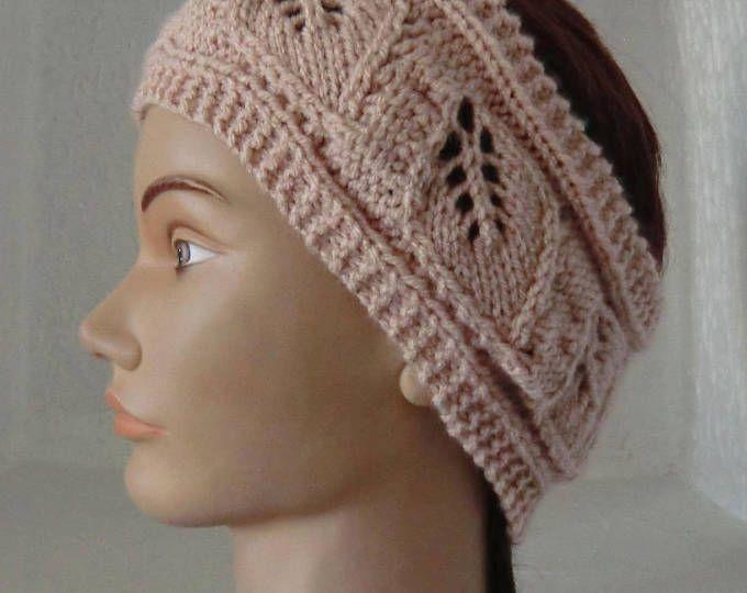 Bandeau - Headband  - Femme - En laine - Point fantaisie feuilles - Coloris Rose chair - Tricoté à la main