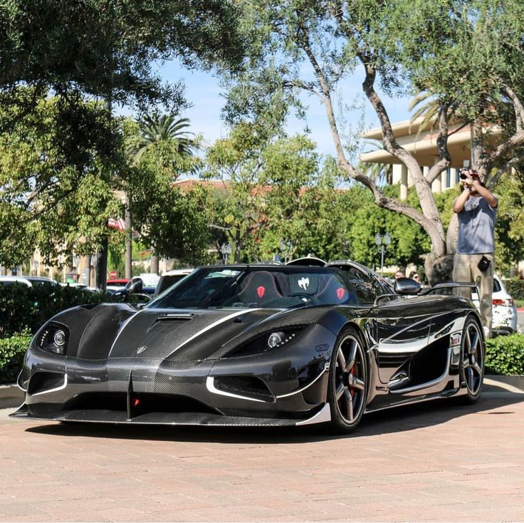 "Koenigsegg Agera RS ""Draken"" made out of Black & Gray carbon fiber w/ White accents Photo taken by: @nathanlovesbacon on Instagram Owned by: @dan_am_i on Instagram"