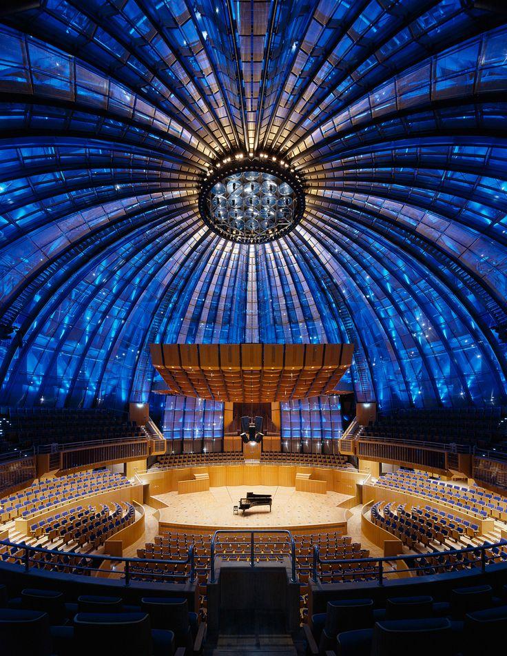 Tonhalle Düsseldorf http://media-cache-ec5.pinterest.com/550/1d/c6/cc/1dc6cc8e1163d12bf8783147b5a6f442.jpg
