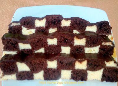Tortafüggő Marisz: Pepita sajttorta - https://tortafuggo.blogspot.hu/2017/06/pepita-sajttorta.html Pepita sajttortát sütöttem az unokám nyolcadikos ballagására. Először a kakaó-vajas piskóta készült el, majd mascarponéval, ricottával, krémtúróval a töltelék. A csíkokra vágott piskóta hézagait töltöttem ki a krémmel sakktáblaszerűen, és újra megsütöttem.Kersztirányban metéltem fel, úgy adta ki a pepita mintát.