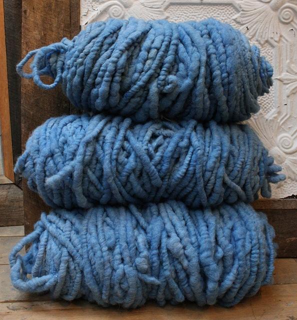 les 25 meilleures id es de la cat gorie laine geante sur pinterest tricot laine g ante grosse. Black Bedroom Furniture Sets. Home Design Ideas