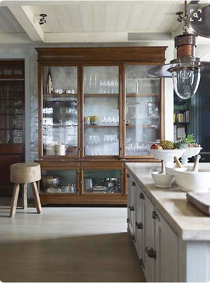 self-supporting kitchen furniture, ideas for storing the
