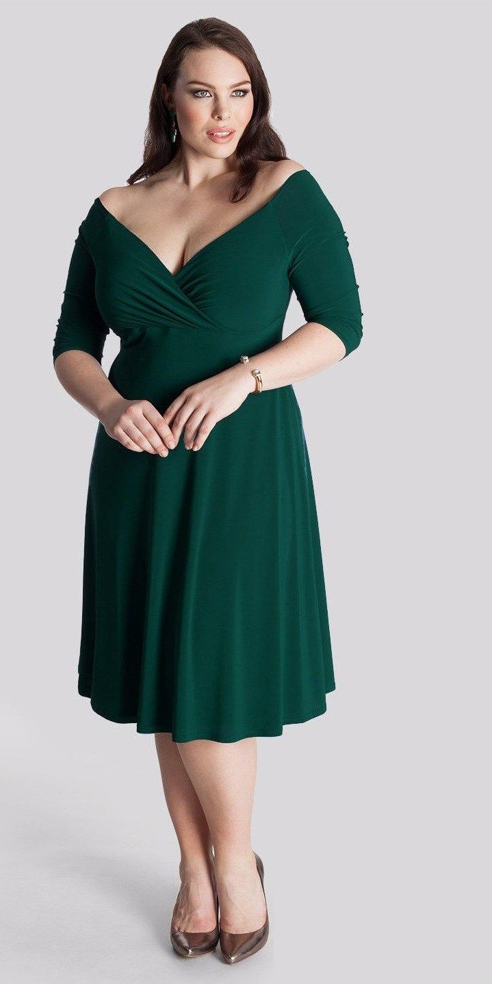 d1cfa96281e94 43 Plus Size Wedding Guest Dresses  with Sleeves  - Plus Size Party Dresses  - Plus Size Fashion for Women - alexawebb.com  alexawebb  plussize